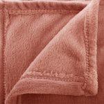 Miękki ciepły koc narzuta 180×130 cm