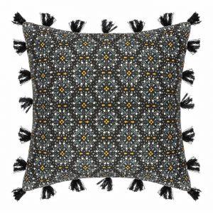 Dekoracyjna poszewka na poduszkę z frędzlami